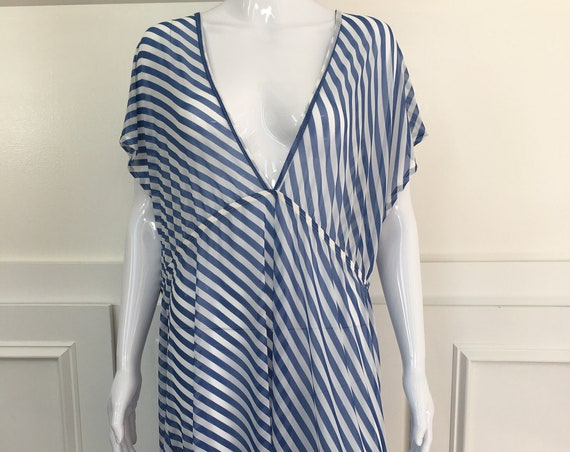 Fluttery Blue and White PLUS Sized Beach Coverup or Tunic—Size 3X  (10182CL)