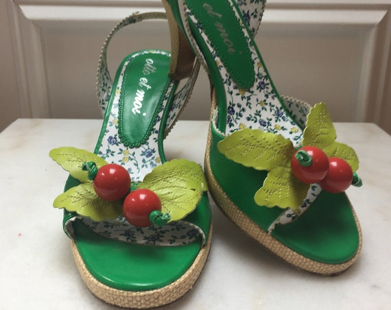Vintage Inspired Otto Et Moi Bright Green Leather Slingback Heels with Cherry Fruit Platform Made in Spain - Size 36.5  (SKU 11019SH)
