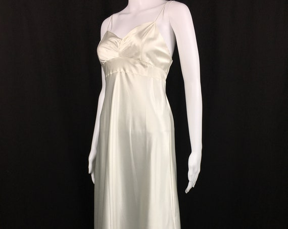 Vera Wang Lavender Label Sexy White Slip Dress / Gown US Size Medium  (SKU 10086CL)