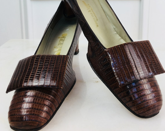 Pristine Palizzio (Roddors) for Woodward & Lothrup Croco Embossed 1960s Leather Pumps Like New!!  Size 8.5N  (SKU 10287SH)