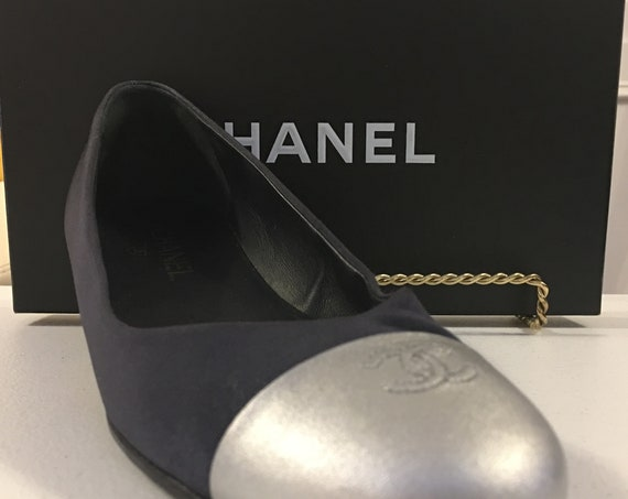 Authentic Chanel Navy and Silver Ballet Flats with Box--Size EU 40  (10274SH)