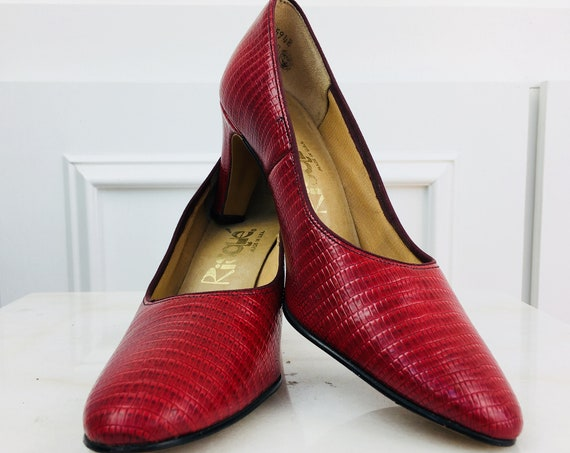 Risque' Red Reptile Embossed 1960s / 1970s Leather Pumps Like New!! Size US 6.5 B/AA  (SKU 10280SH)