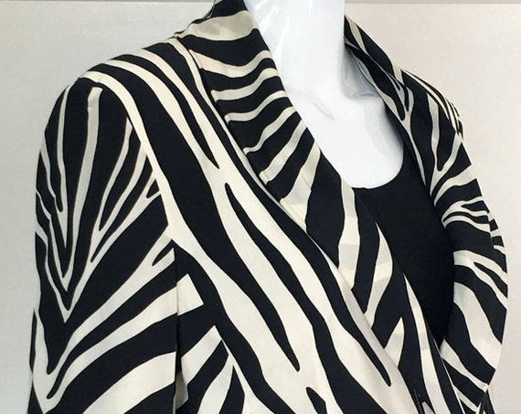 Louis Feraud Black and White Zebra Print Silk 1990s Jacket Blazer Size US 4  (SKU 10107CL)