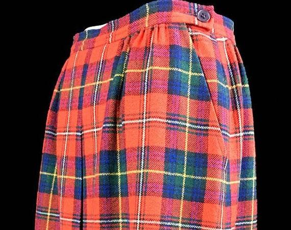 Pendleton Wools Classic Red  Blue Green Tartan Plaid 1970s Mid-Calf Skirt US Size 9 / 10  (SKU 10744)