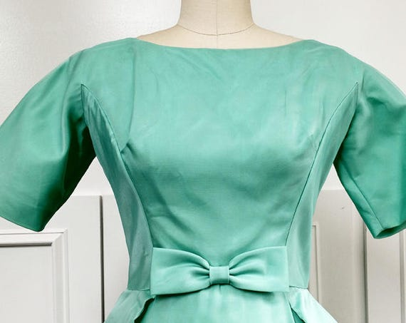 Lorrie Deb San Francisco 1960s Seaglass Green Formal Gown Made in USA  Size US 9  (SKU 10180CL)