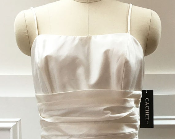 NWTs Vintage White Cachet Raw Silk Blend Sleeveless Cocktail / Wedding Dress  Size 6  (10247CL)
