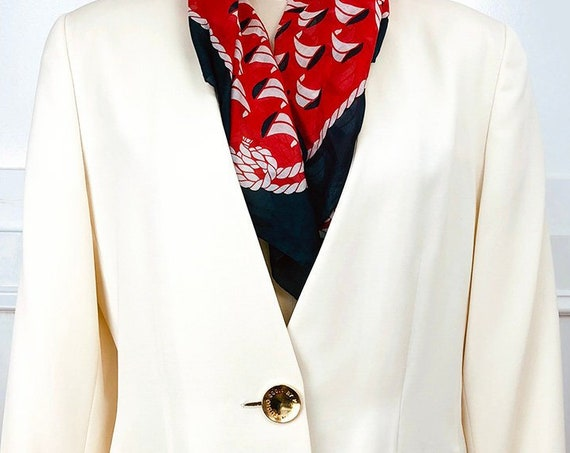 Studio 0001 by Ferre 1990s Ivory Wool Blazer With Large Gorgeous Gold  Logo Buttons Size 10 (SKU 10743CL)