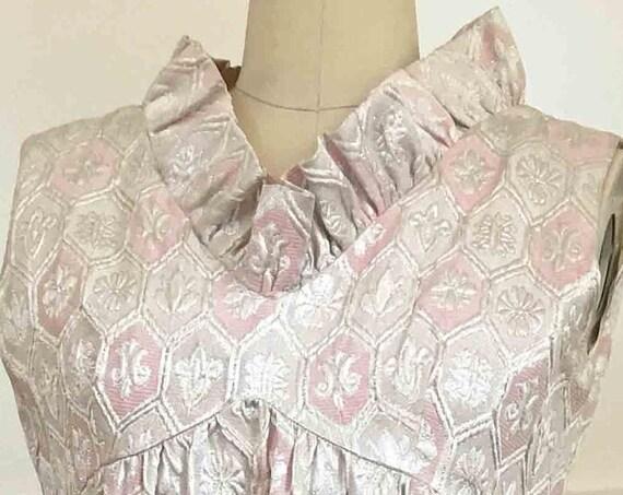 Lurex Pink & Silver Empire Waist Damask Sleeveless Vintage 1960s Evening Hostess Gown with Ruffled V-Neck Collar (SKU 10098CL)