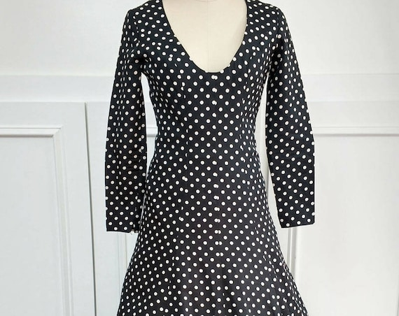 Frank Usher London Spectacular Black & White Polka Dot 1970s Gown with Double Flounced Hem UK 36 (SKU 10032CL)