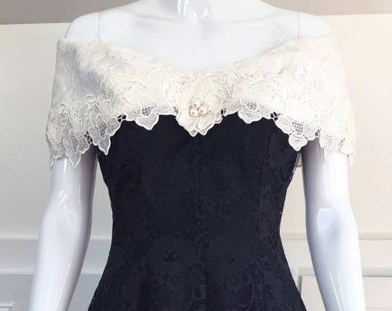 1980s Cachet by Bart Protas Black & Off White Lace Off The Shoulder Cocktail Dress Size 7 / 8  (SKU 10131CL)