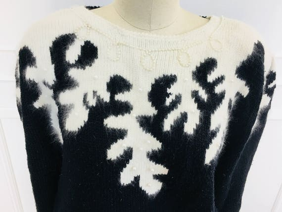 Knit Concepts Adorable Black and White 1980s Angora Blend Sweater with Faux Pearl Accents Size Medium But PLUS Size (SKU 10584CL)