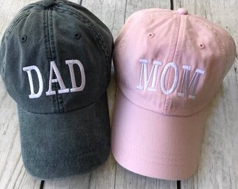 70400f7784c Dad and Mom hat Set