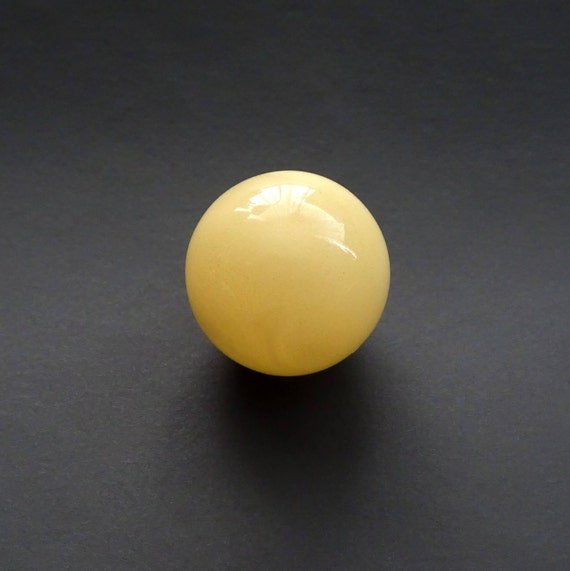 Amber Ball. Size ~ 14,80 mm. Without Hole. Weight ~ 1,80 g. 天然琥珀 #ET0249