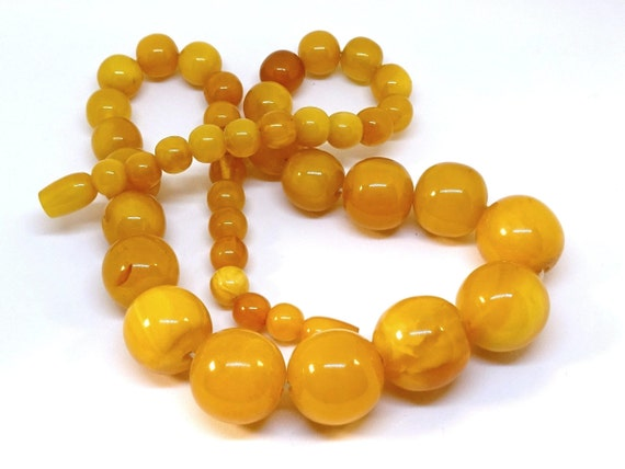 Baltic Amber Vintage Necklace Beads. Weight ~ 52 g. 老琥珀 #ET0338