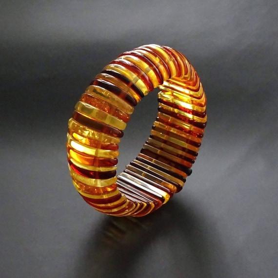 Baltic Amber Beautiful Bracelet. Original Design. Weight ~ 45,01 g.  Inside size ~ 50 mm (adjustable). 天然琥珀 #ET0192
