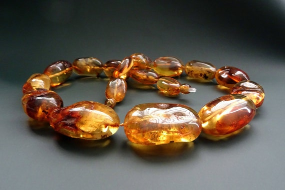 Baltic Amber Beautiful Necklace. Weight ~ 90 g. 天然琥珀 #ET0547