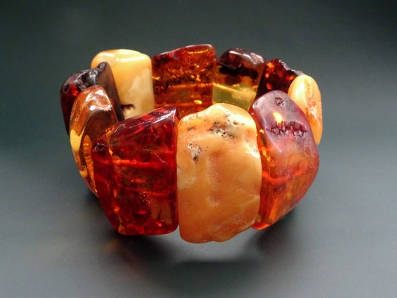 Baltic Amber Beautiful Multicolor Bracelet. Weight ~ 90 g. 天然琥珀 #ET0548