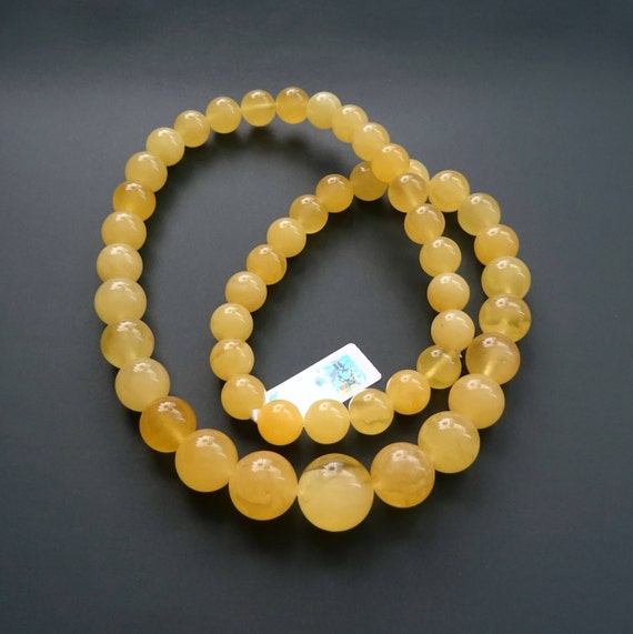 Baltic Amber Round Beads Necklace. Egg Yolk Color. Weight ~ 36 g. 天然琥珀 #ET0489