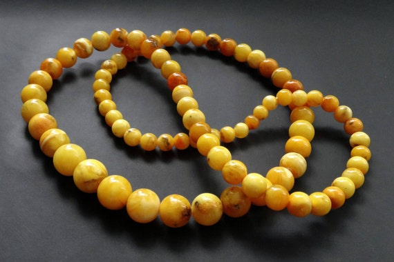 Baltic Amber Vintage Necklace Beads. Egg Yolk Butterscotch Color. Weight ~ 41 g. 老琥珀 #ET0172