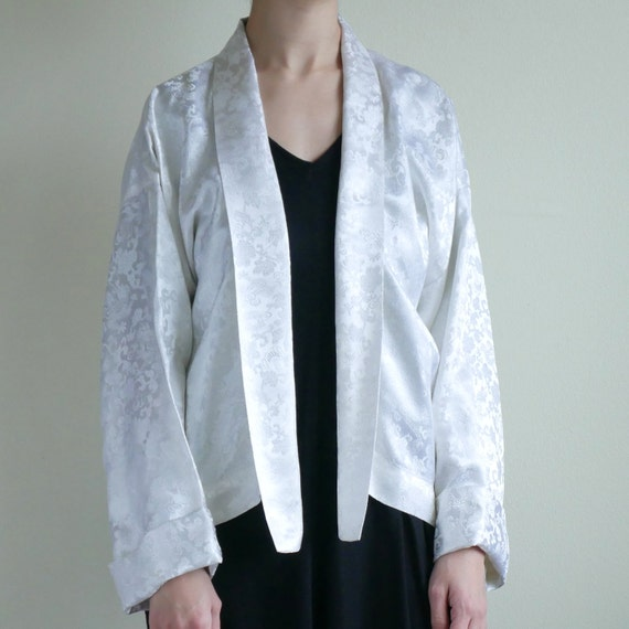 White shiny dragon jacquard shawl collar Kimono to