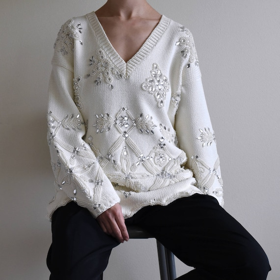 White bijoux embroidered chunky cotton sweater / v