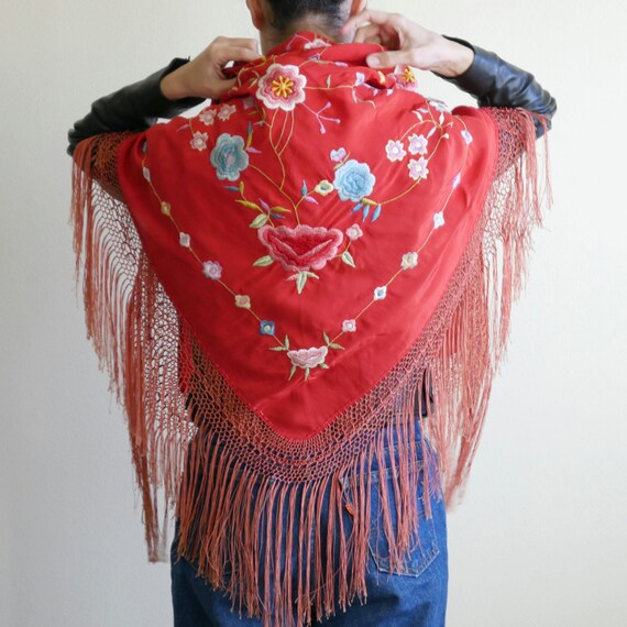 1930s Red Embroidered Piano Shawl - image 1