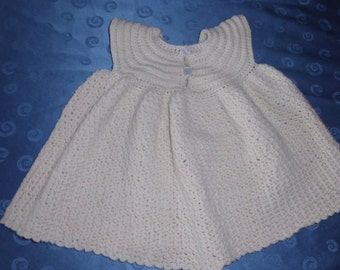 Baby dress in cream