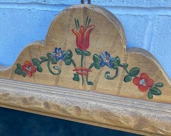 Monterey Mirror, Straw Ivory & floral