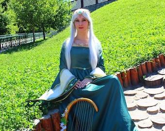 Medieval dress. Elf dress.