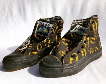 3727d73d6e79 vintage 1989 Batman Converse All-Star hi-top shoes