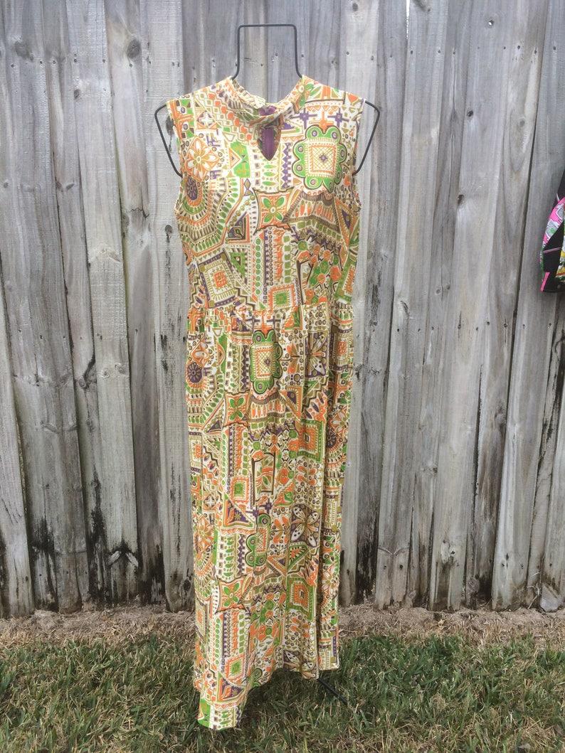 vintage 1960s psychedelic pattern sleeveless maxi dress wkeyhole neck