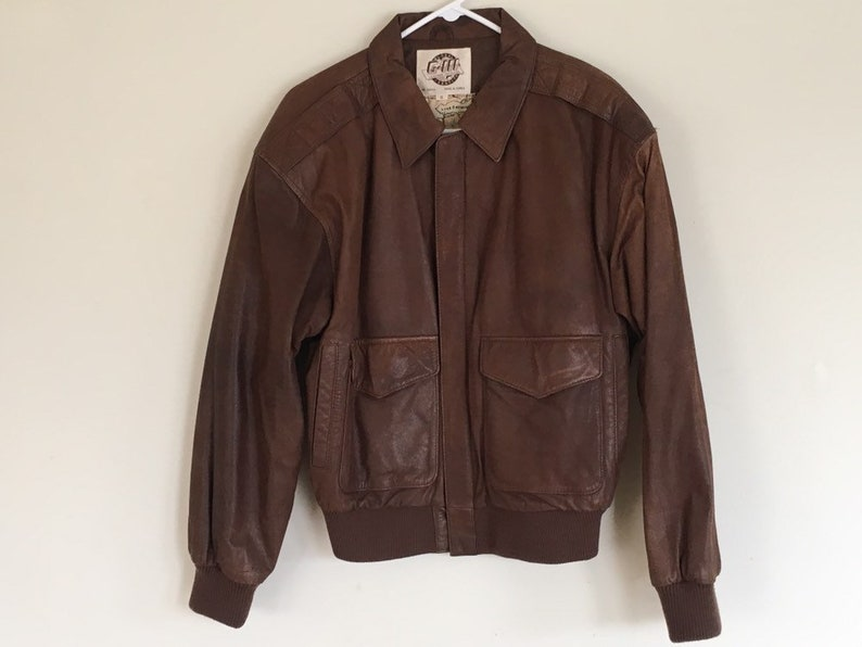 2dbfc462 Vintage Men's G-111 Brown Leather Bomber Jacket Size Small Made Korea