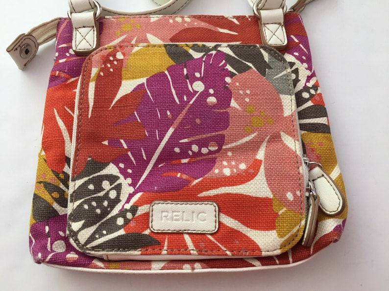 Vintage small Relic by Fossil women s multi color floral  c72c07152edef