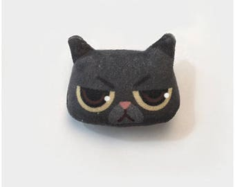 Brooch black cat/cat portrait/brooch cute and unique/gift idea