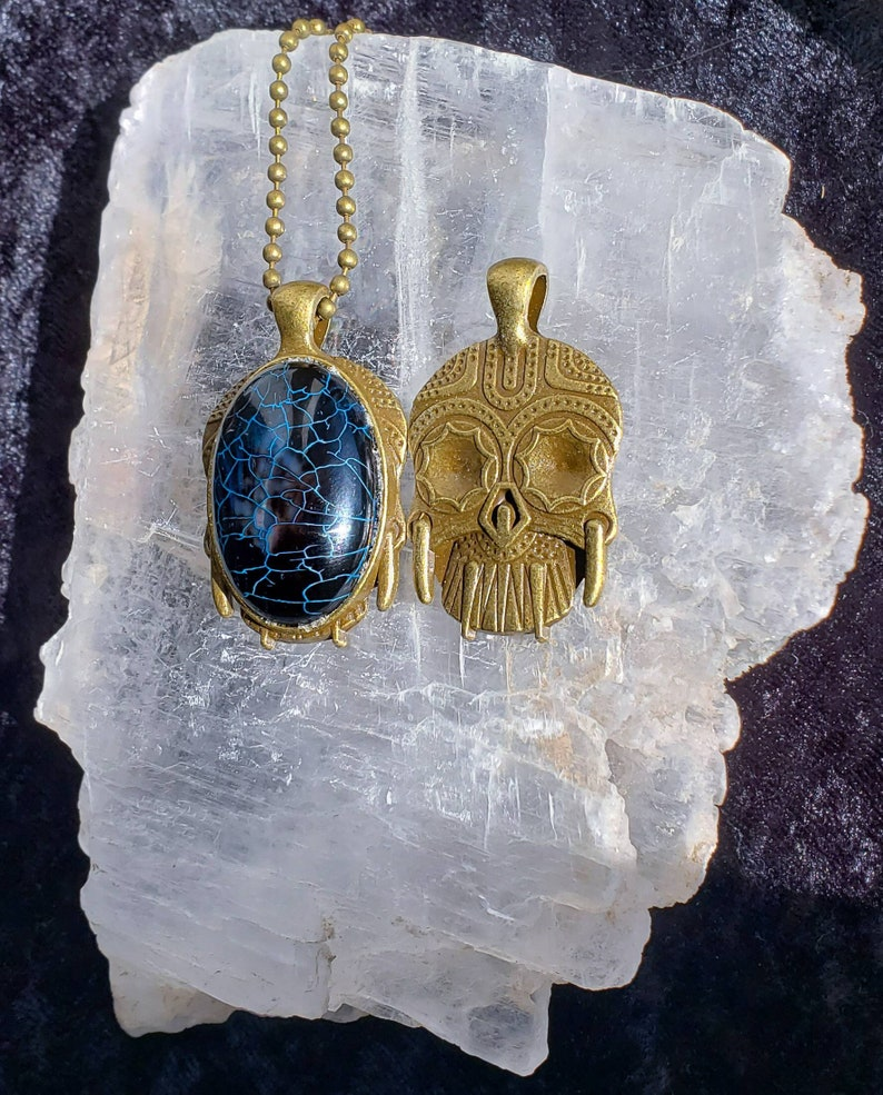 Black Flame Dragon Vein Agate Necklace image 0