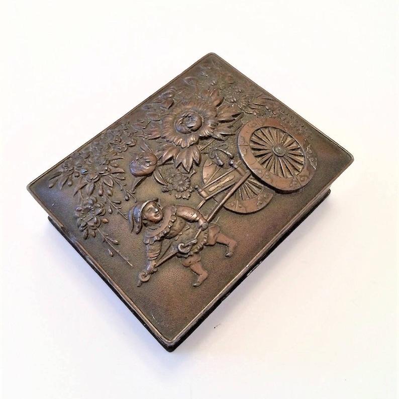 Vintage Brass Trinket Box, Embossed Metal Box, Small Dresser Box, Treasure  Chest, Rustic Jewelry Box, Rustic Decor, Primitive Decor, Spanish