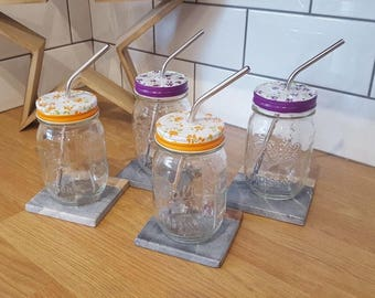 Set of 4 Ball Mason Drinking Glasses with Decorative Flowery Lid and Reusable Straw