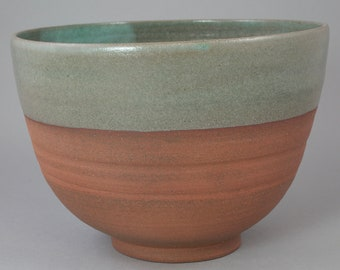 Bowl color celadon (ceramic)