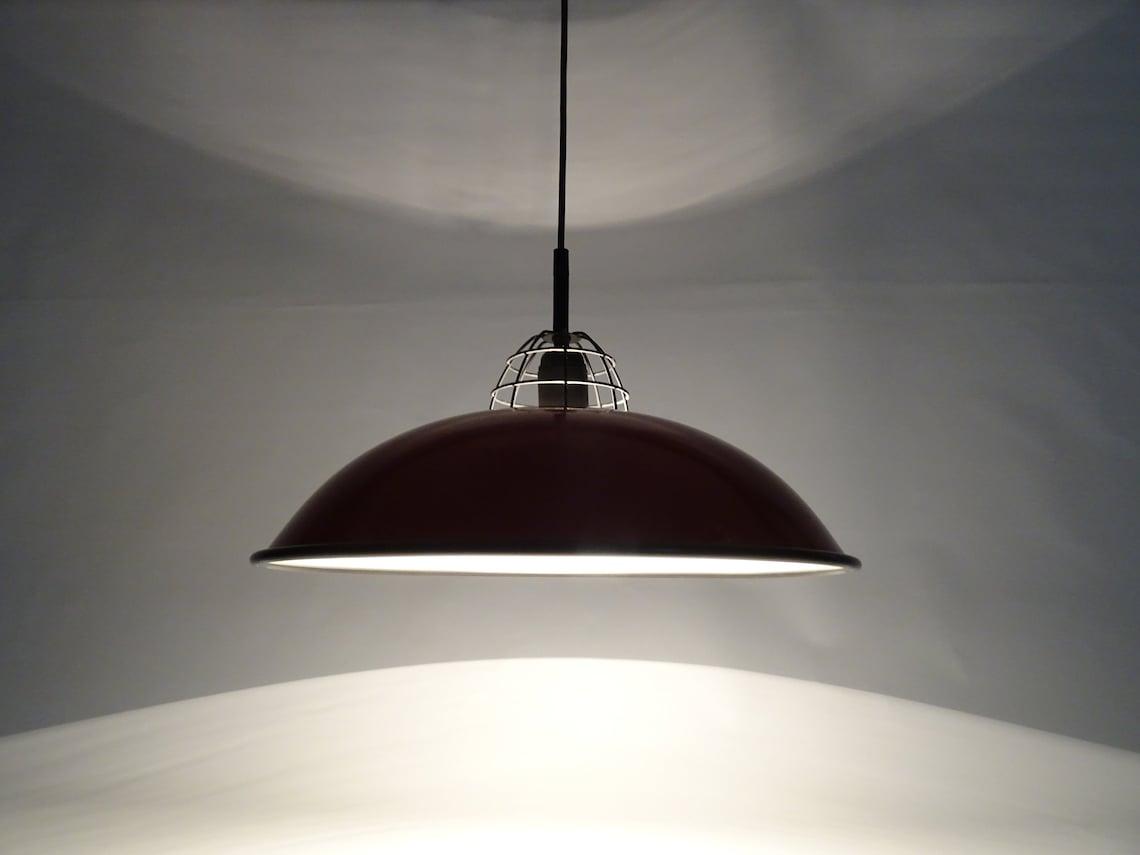 Industrial Lamp / Vintage Pendant Lamp / Retro Hanging Light / 70s Lamp / Mid Century Modern / Red / Space Age / Atomic / Bauhaus Style - Eclairage