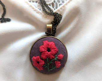 Poppies floral embroidery necklace