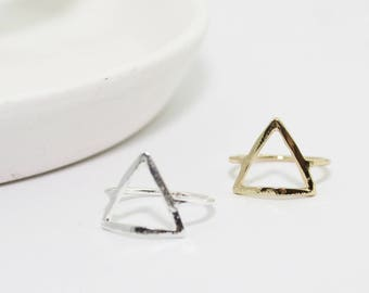 Modern Triangle Ring // Silver or Gold Bar Ring // Simple Triangle Ring // Geometric Ring // Minimal Ring // Modern Ring // MB-R008
