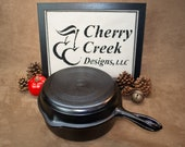 Wagner Ware Sidney -O- Chicken Fryer Deep Pan with Hooked Lid, Vintage Cast Iron Dutch Oven, Antique Collectible Cookware, Art-Deco Style