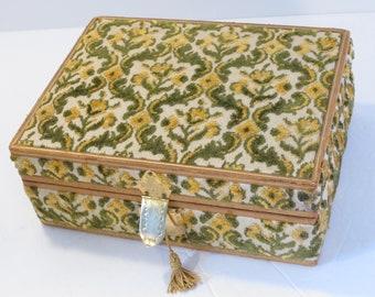 Vintage Chenille Carpetbag Jewelry Box With Key- Italian Chenille Fabric Jewelry Box-Mid-Century Handmade Jewelry Box Boho Jewelry Box