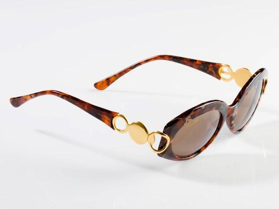 Levis Metall Brücke Vintage Runde Sonnenbrille in schwarz