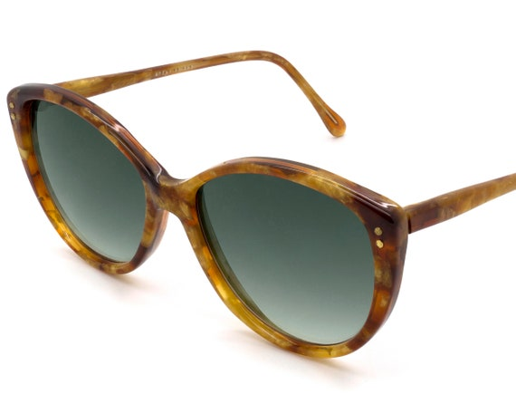 France 70s vintage sunglasses for women. Cat eye s