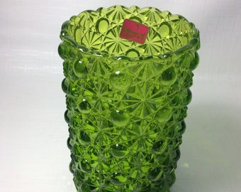 Viking Glass daisy and button green vase