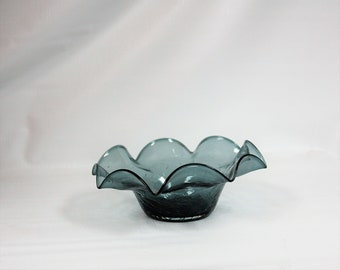 Blenko Glass Vintage #3744X Ruffled Bowl in Charcoal Crackle.