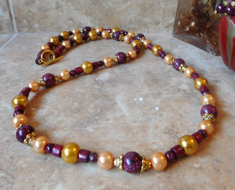 Beaded Necklace,Handmade Necklace,Gold Necklace,Red Necklace,Gift for Her,Gemstone Necklace,Womens Jewelry,Jade Necklace,Business Casual