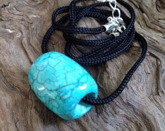 Hand Carved Turquoise Bead Necklace.