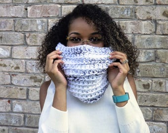 READY TO SHIP: Marble Cowl